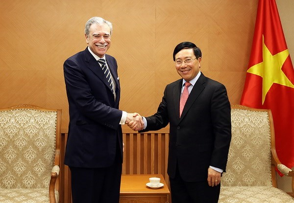 Former US Secretary of Commerce vows to contribute to Vietnam-US ties hinh anh 1