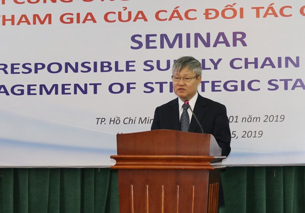 Businesses advised to practise social responsibility hinh anh 1