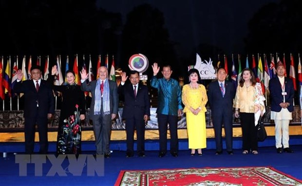 Asian Cultural Council debuts in Cambodia hinh anh 1