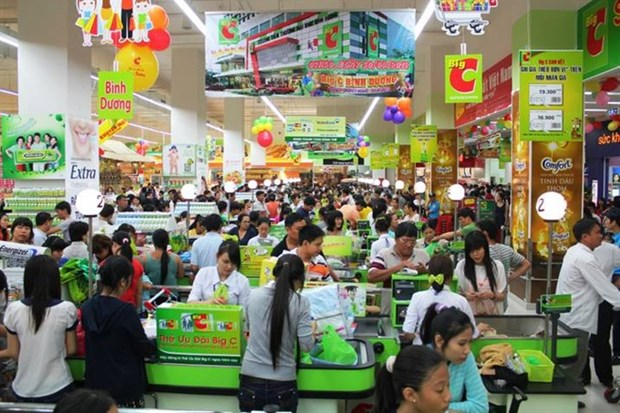 Enterprises race to recruit workers for Tet holidays hinh anh 1