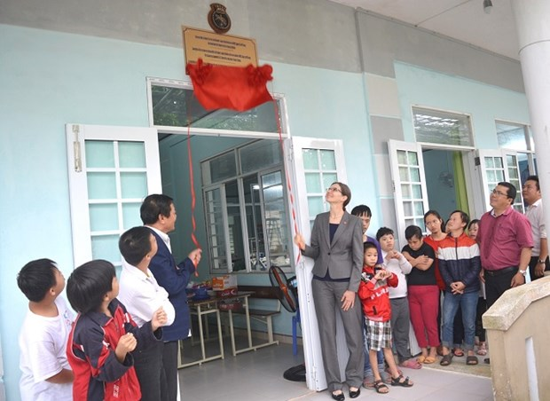 Da Nang inaugurates two classes for dioxin-affected children hinh anh 1