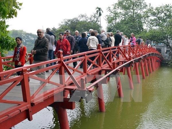 Hanoi city builds smart tourism system hinh anh 1