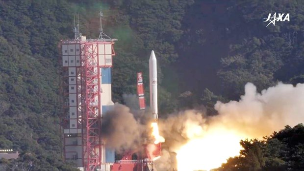 Vietnam's MicroDragon satellite enters space hinh anh 1