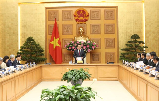 Deputy PM lays out measures to curb CPI at 3.3-3.9 percent hinh anh 2