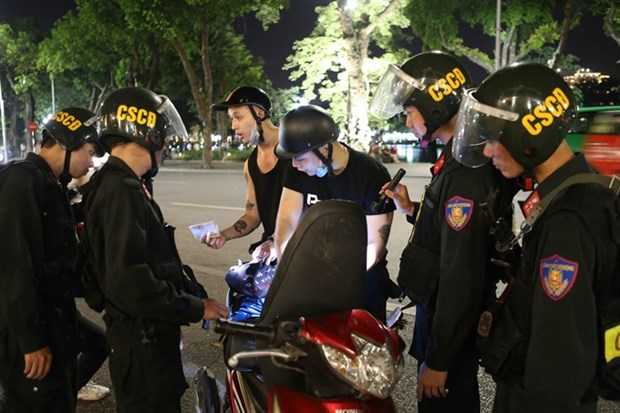 Deputy PM orders efforts to reduce traffic accidents during Tet hinh anh 1