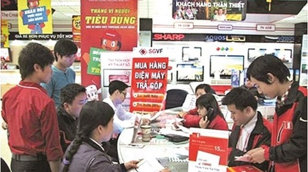 Lenders boost consumer loans at year-end hinh anh 1