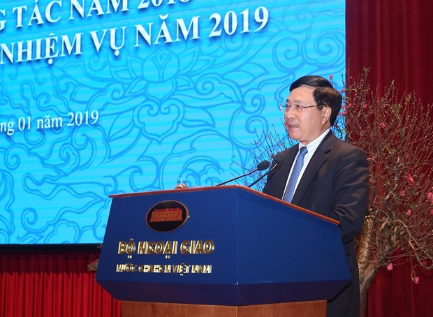 Diplomatic sector to strive harder to reinforce established ties: Deputy PM hinh anh 1