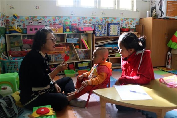 Korean doctor pursues special education in Vietnam after retirement hinh anh 1