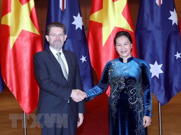 Vietnamese, Australian top legislators hold talks hinh anh 1