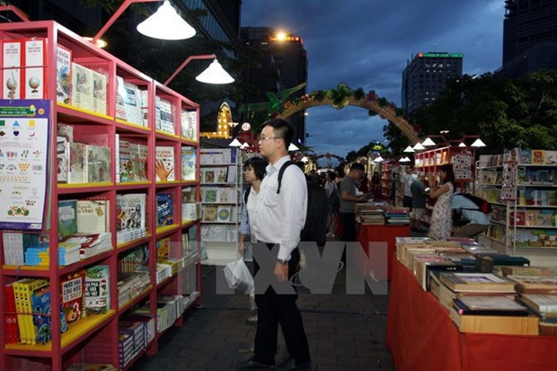 HCM City to open book street on Tet holiday hinh anh 1
