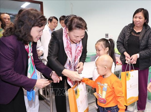 Child cancer patients in need of greater support: NA Chairwoman hinh anh 1