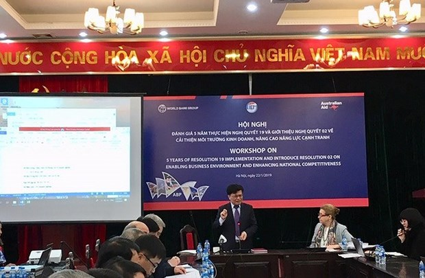 Vietnam still slow to offer public services online: CIEM hinh anh 1