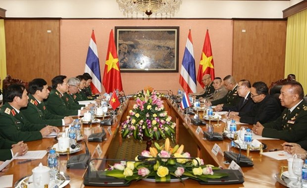 Thai defence minister's visit promotes mutual understanding hinh anh 1