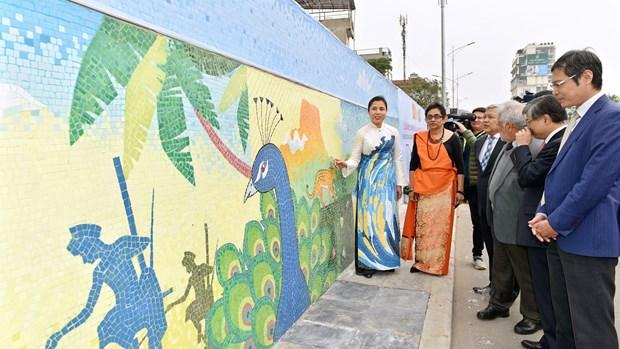 Work on Sri Lanka on Hanoi Ceramic Road unveiled hinh anh 1