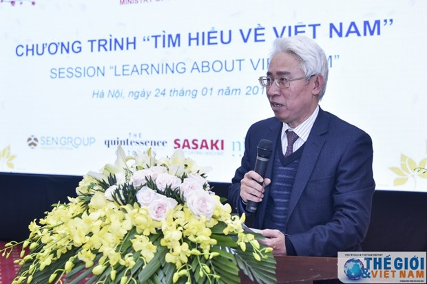 """Learning about Vietnam"" programme held for foreign diplomats hinh anh 1"