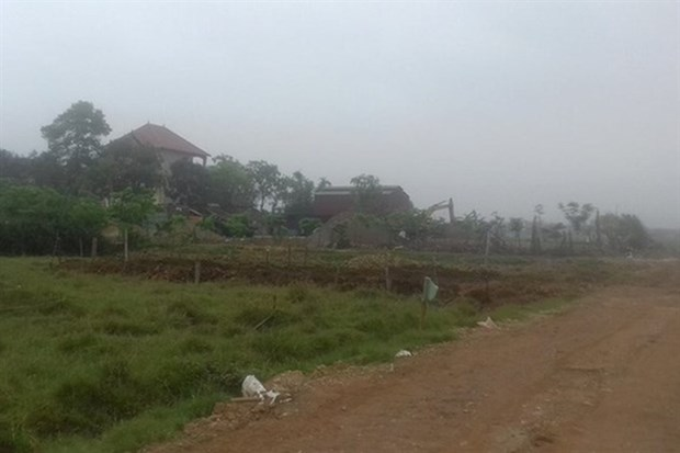 Hanoi's Soc Son district urged to relocate residents affected by landfill hinh anh 1