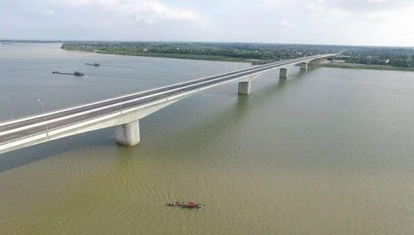 Hung Ha bridge connecting Hung Yen, Ha Nam to open on Jan 26 hinh anh 1
