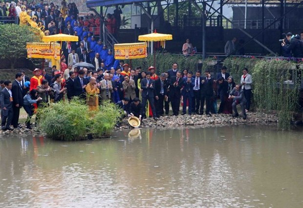 Traditional Tet rituals re-enacted at Thang Long relic site hinh anh 2