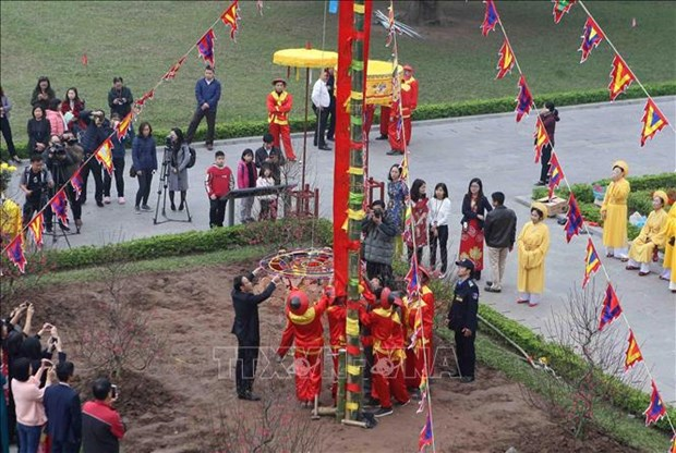Traditional Tet rituals re-enacted at Thang Long relic site hinh anh 4