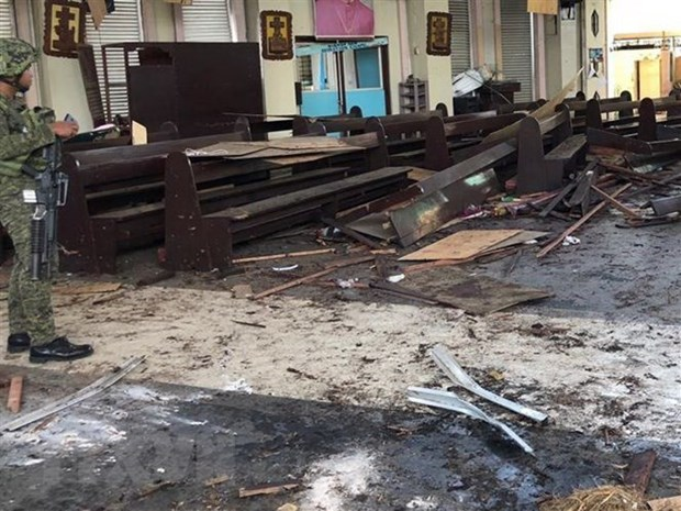 Vietnam strongly condemns bomb attacks in Philippines hinh anh 1