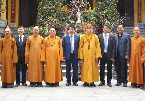 Hanoi leader extends Tet greetings to Vietnam Buddhist Sangha hinh anh 1