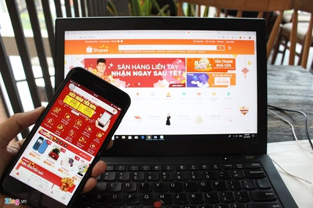 Online businesses bustle as Tet coming hinh anh 1