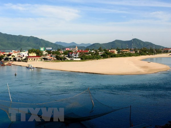 Thua Thien-Hue okays marine ecological tourist complex hinh anh 1