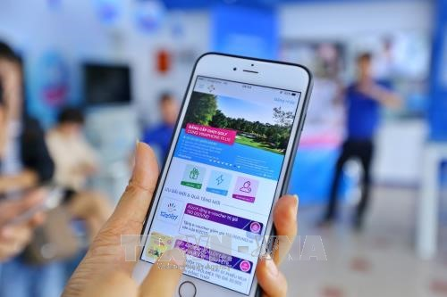 Vietnamese operators speed up with 5G hinh anh 1