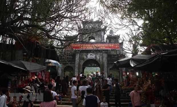 Hanoi: Huong pagoda festival opens hinh anh 1
