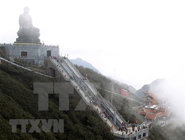 Sa Pa tourism enjoys good start in New Year hinh anh 1