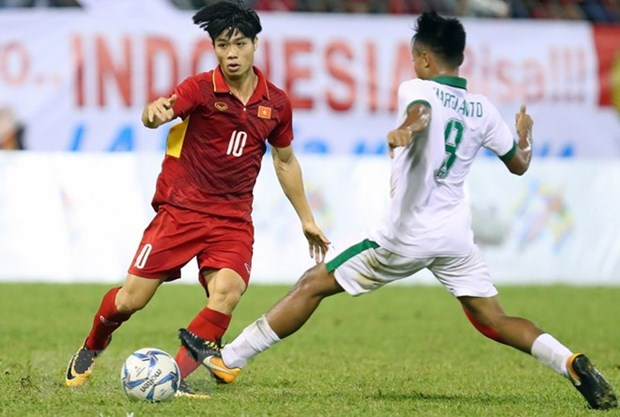 Midfielder Luong Xuan Truong signs for Buriram United hinh anh 2