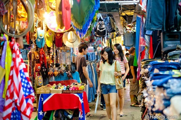 Famous bazaar in Thailand continues attracting visitors hinh anh 1