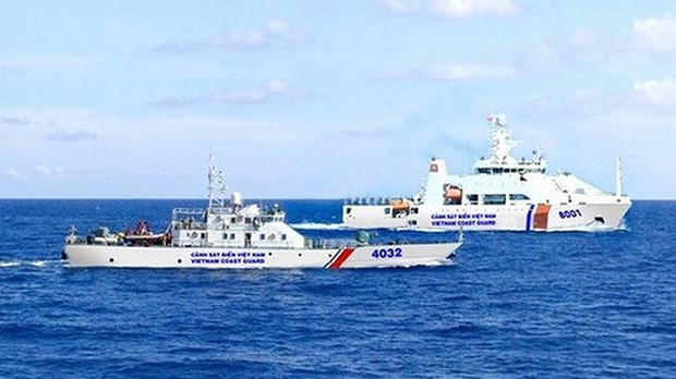 PM issues plan on implementation of Law on Vietnam Coast Guard hinh anh 1