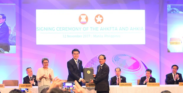 ASEAN – Hong Kong FTA likely to come into force in 2019 hinh anh 1