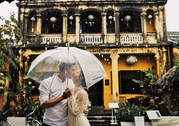 CNN suggests Hoi An city as Valentine destination this year hinh anh 1