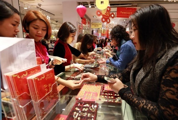 Gold market heats up ahead of God of Wealth Day hinh anh 1