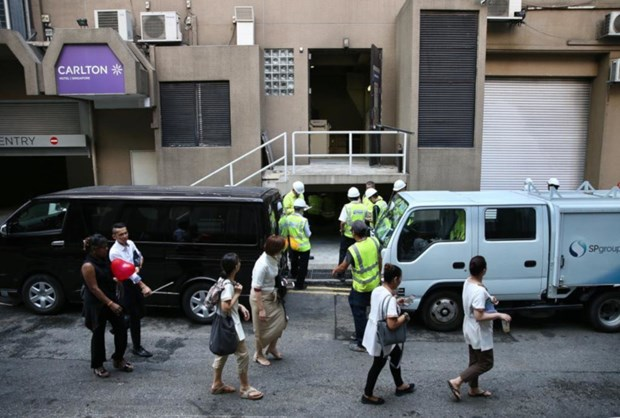 Singapore hotel evacuated after blast, fire hinh anh 1
