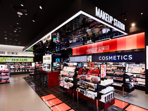 Watsons aims to gain firm foothold in Vietnam hinh anh 1
