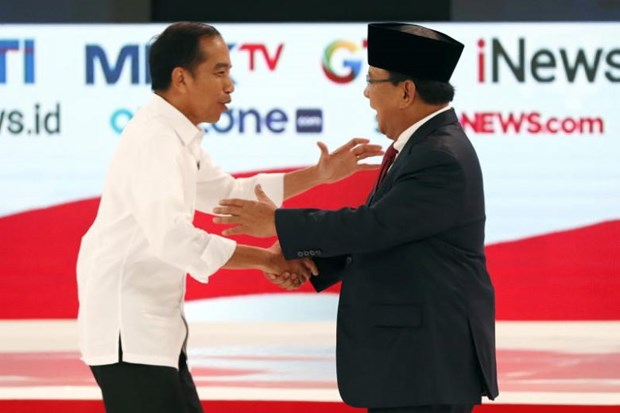 Indonesian presidential candidates hold second debate hinh anh 1