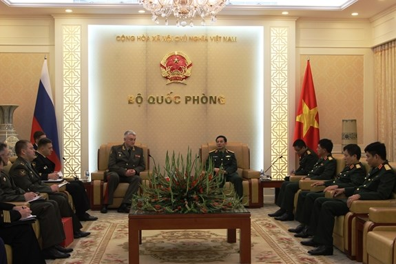Vietnam, Russia armies beef up bilateral cooperation hinh anh 1
