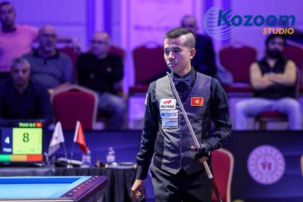 Vietnamese cueist wins bronze medal at Antalya World Cup hinh anh 1
