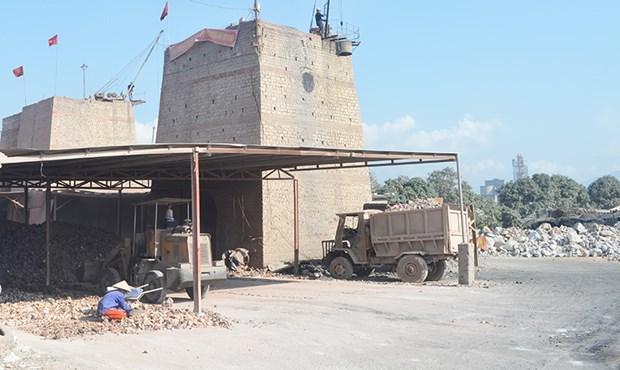 Quang Ninh to halt activities of all manual lime kilns hinh anh 1