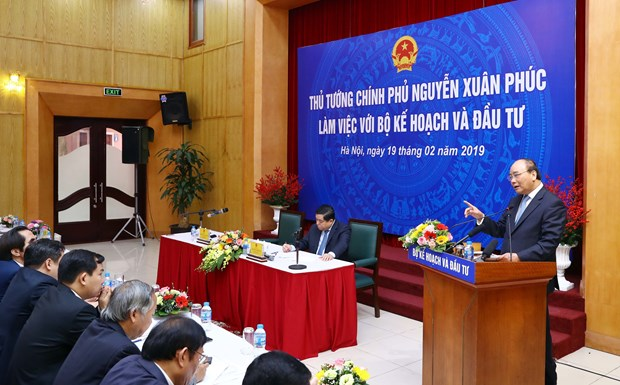 Ministry to help big cities achieve breakthrough growth hinh anh 1