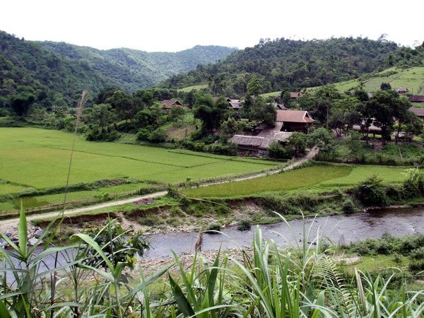Nghe An strives to attract tourism investment hinh anh 1