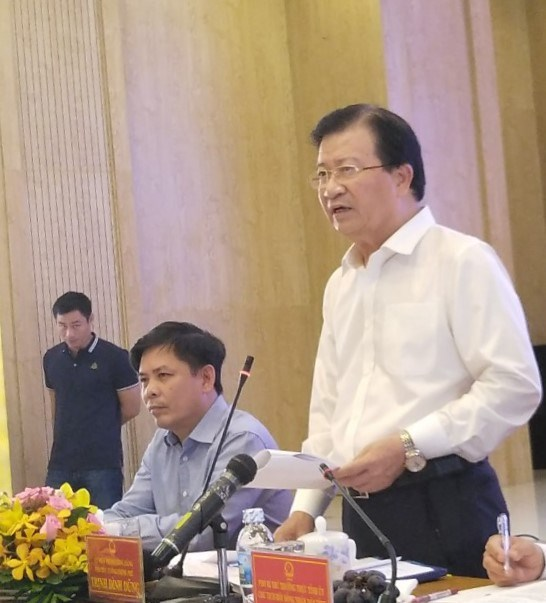 Land should soon be cleared for North-South expressway: Deputy PM hinh anh 1