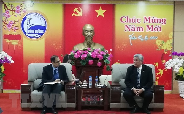 ADB considers cooperation with Binh Duong in environmental projects hinh anh 1