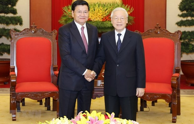 Vietnam, Laos enjoy thriving partnership in all fields hinh anh 1
