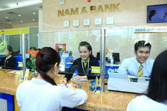 After delays, local banks eye listing this year hinh anh 1