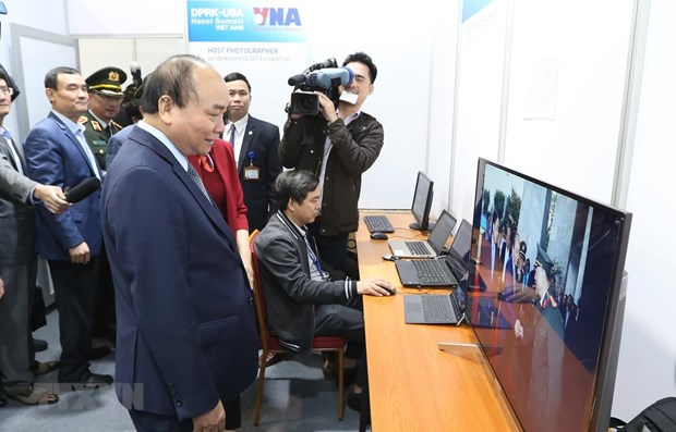 PM inspects preparations for DPRK-USA Summit hinh anh 1