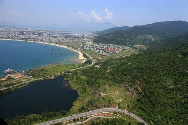 Hue-Da Nang aerial sightseeing tours to be launched in April hinh anh 1
